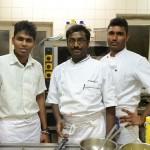 Tamilisches Team: Wirt Frank Brüllhart beschäftigt drei Männer aus Sri Lanka - alle sind oder waren Asyl suchend.